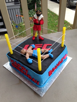 boxing cake for a knockout party