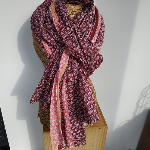 Foulard bordeau et rose