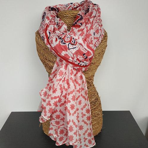 Foulard imprimé marine et rose foncé