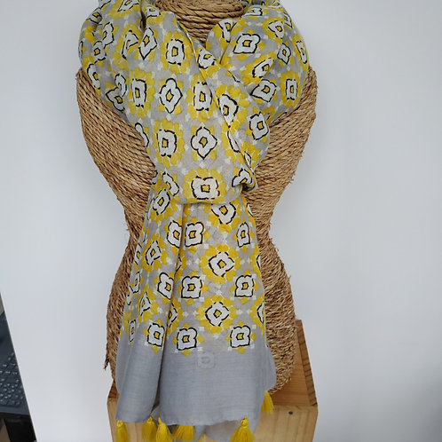 Foulard pompons paquerette jaune
