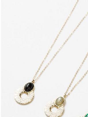 Collier médaillon  - or/noir