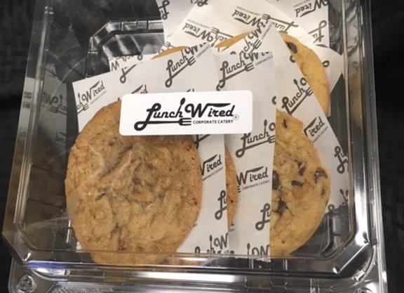 6 Fresh Homemade Cookies