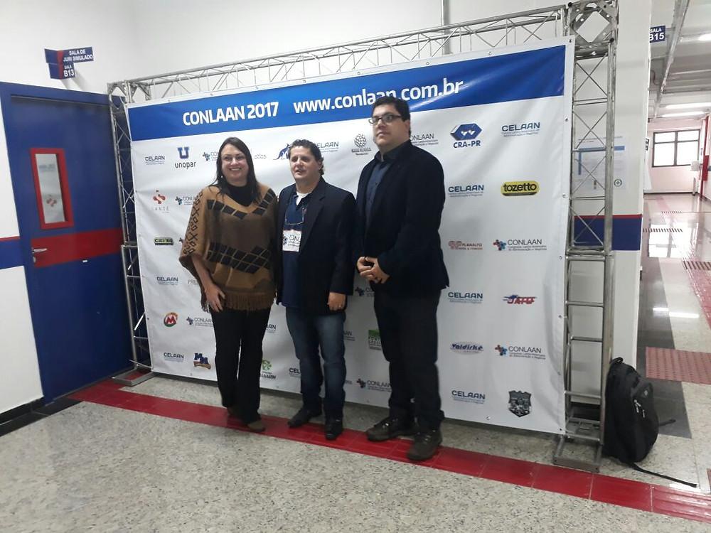 Alecsandra Hypólito (esquerda) diretora do PGCG CVB durante o Colaan | foto divulgação