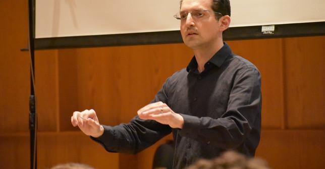 Daniel Schlosberg, conductor