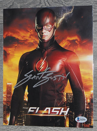Grant Gustin - The Flash | Beckett Authentic