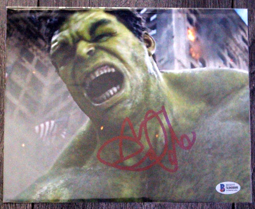 Mark Ruffalo HULK | Beckett Authenticated