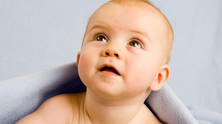 Un ostéopathe pour mon bébé: pourquoi, comment?