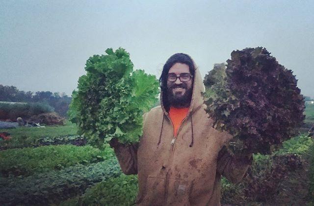 farmer phil pickin some #biggerthanyourh