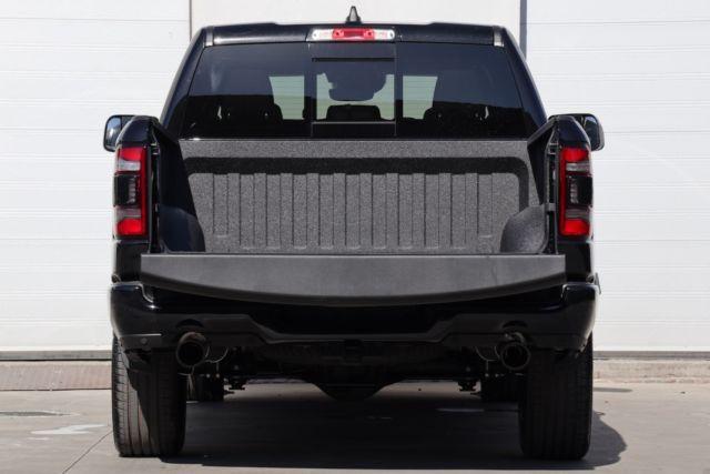 Dodge Ram Sport noir9.JPG
