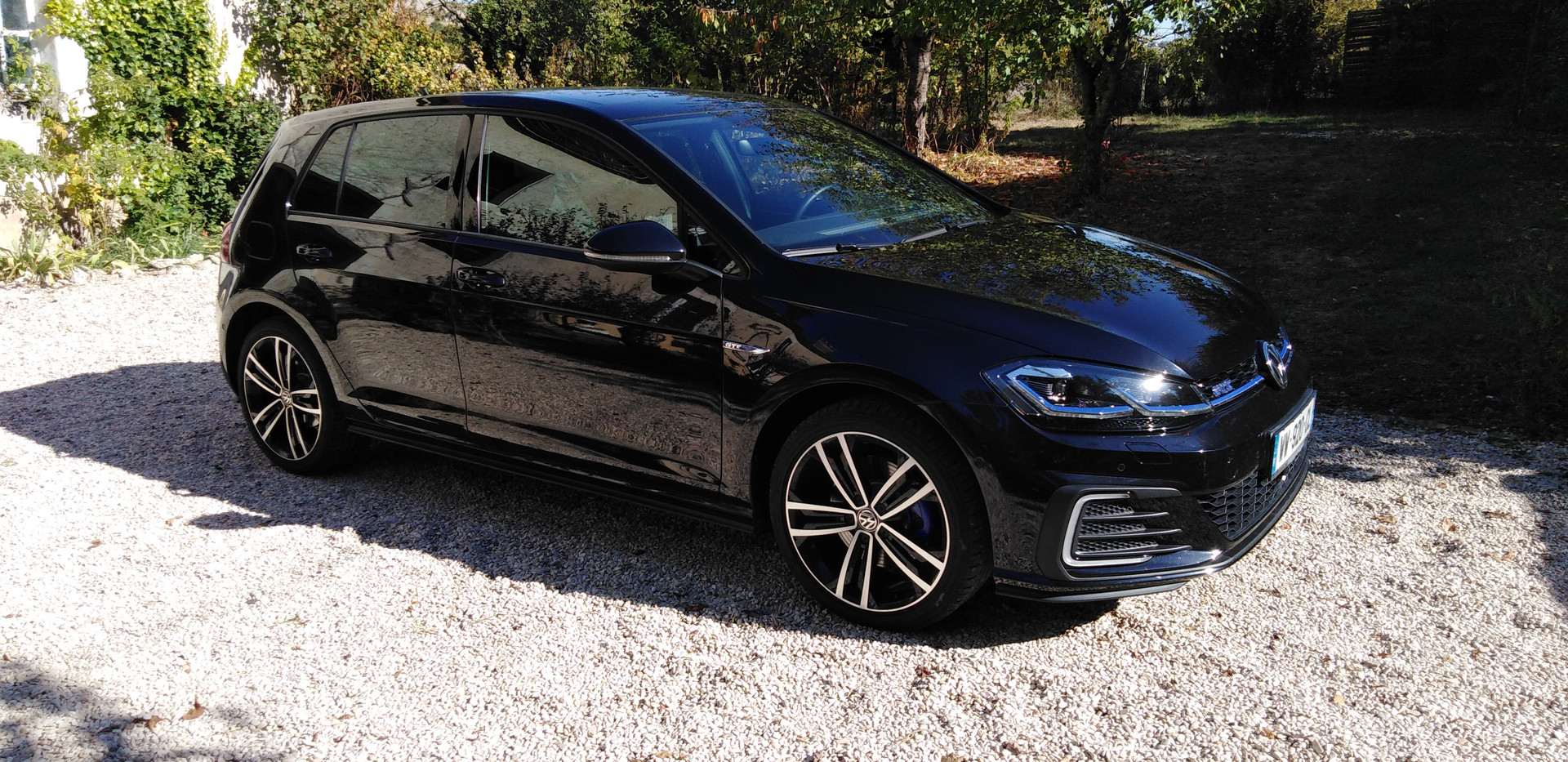 VW GOLF VII GTE Hybride côté