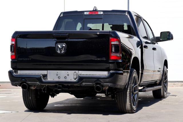 Dodge Ram Sport noir6.JPG