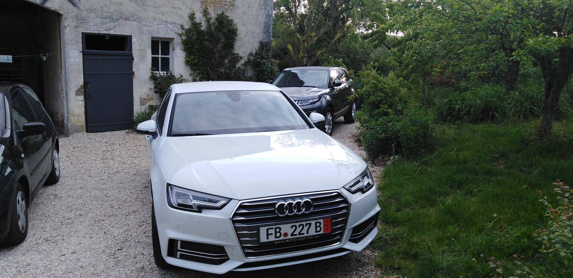 Audi A4.jpg