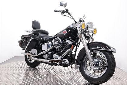Harley-Davidson-FLSTC-Heritage-Softail-C