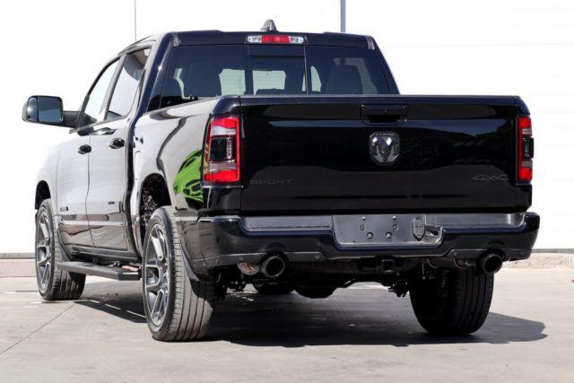 Dodge Ram Sport noir8.JPG