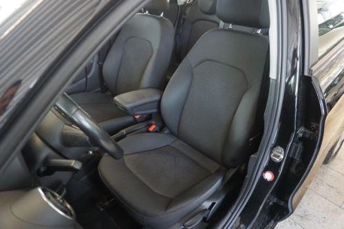 Audi A1 noir 10.JPG