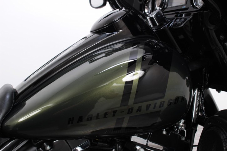 harley-davidson-flhx-street-glide (9)