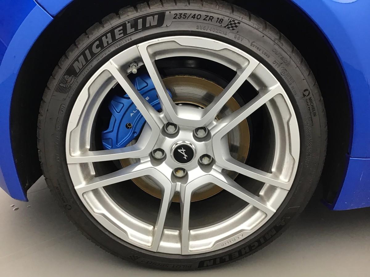 Alpine bleue 18