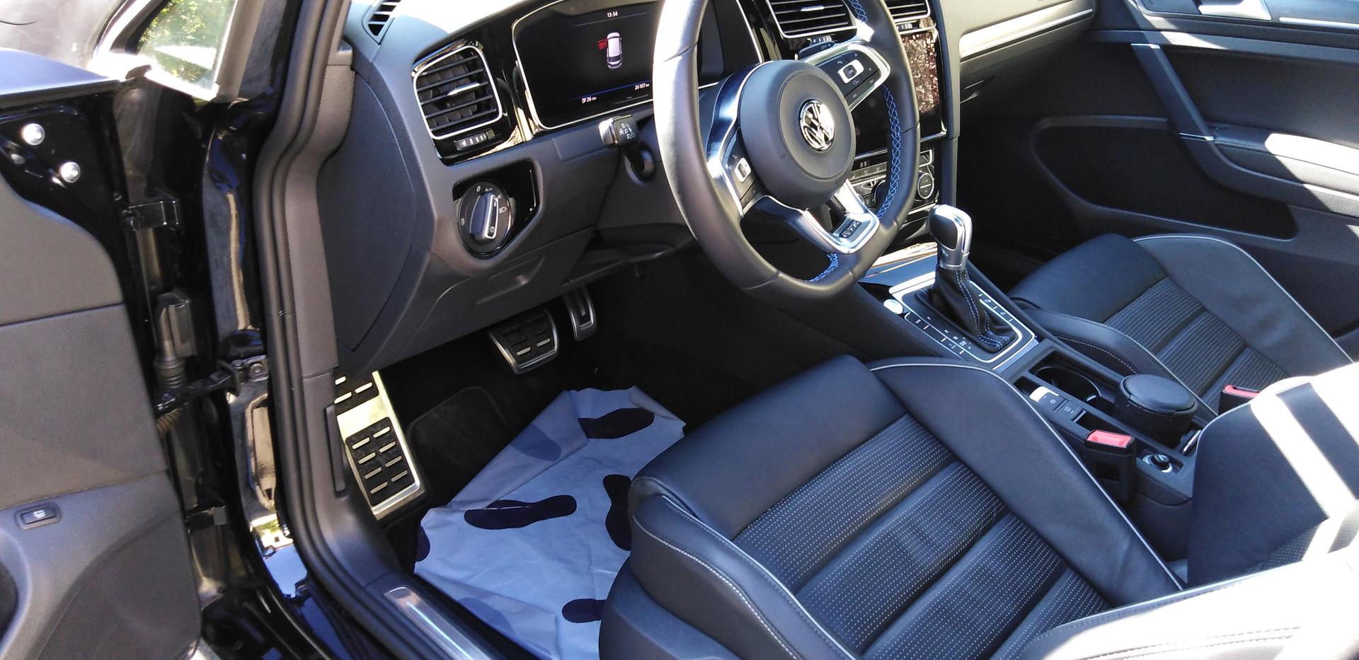 VW GOLF VII GTE Hybride habitacle AV