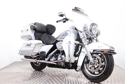 Harley-Davidson-FLHTCU-Electra-Glide-Ult