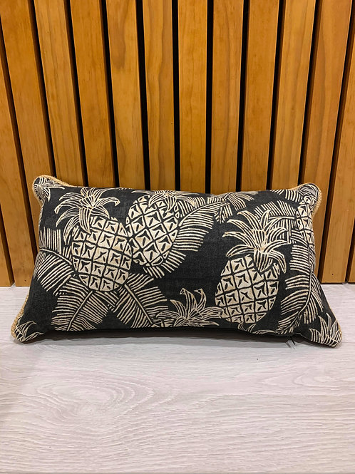 OUTDOOR BLACK PINEAPPLE CUSHION