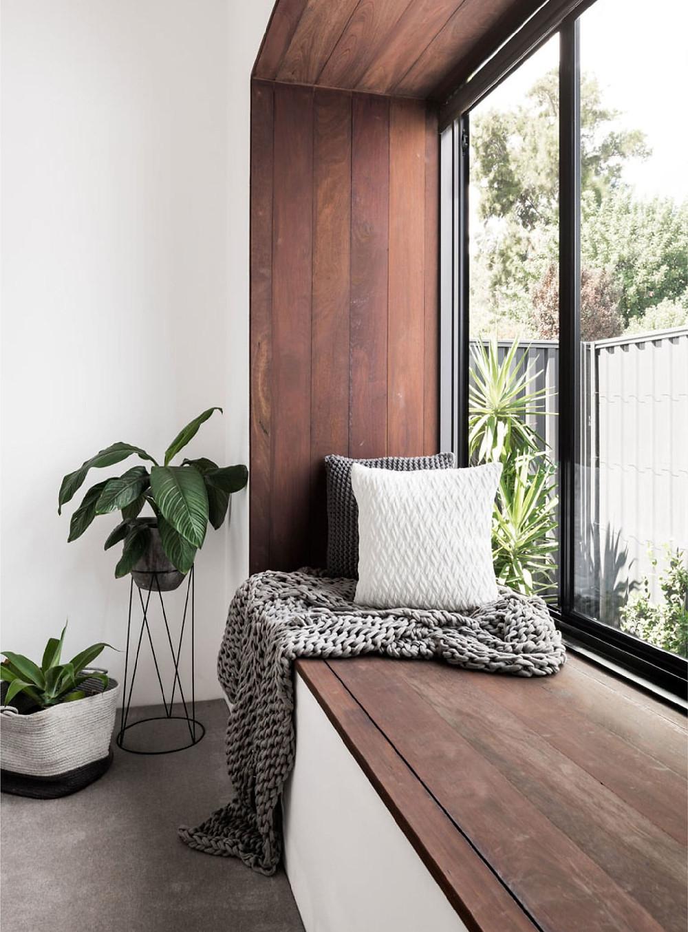 corner relax