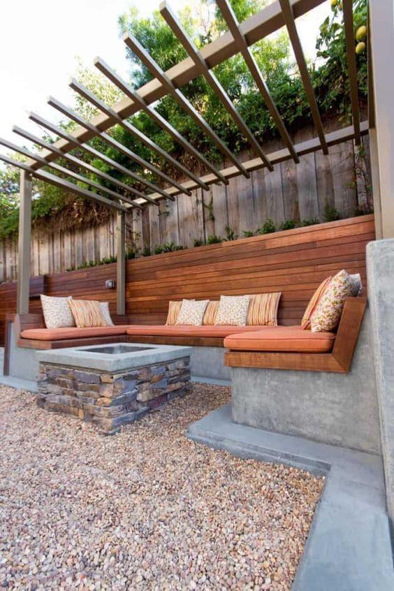 5 พื้นที่เลือกวัสดุปูพื้นอย่างไรให้เหมาะกับการใช้งาน - พื้นที่นั่งเล่นนอกบ้าน
