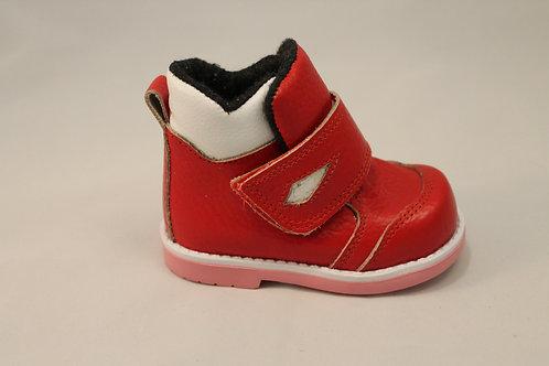 Модель 31. Ботинки для девочки