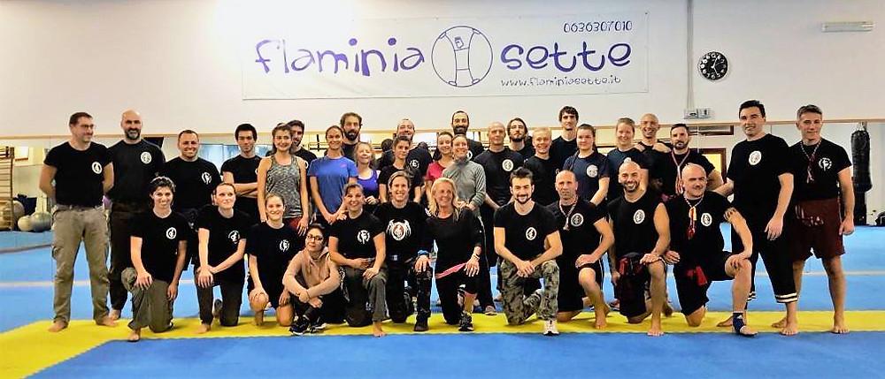 Ryhmäkuvassa IMBA:n jäseniä