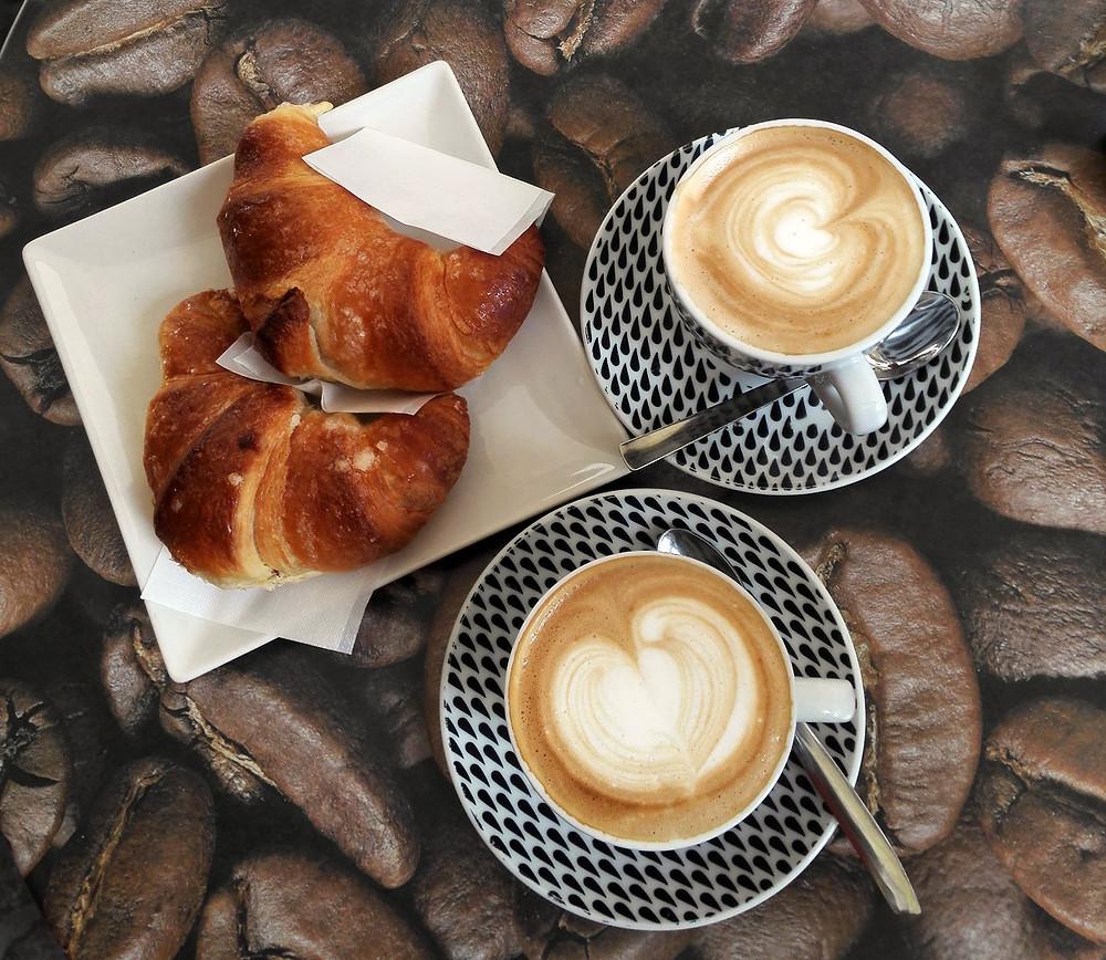 Caffé e cornetti