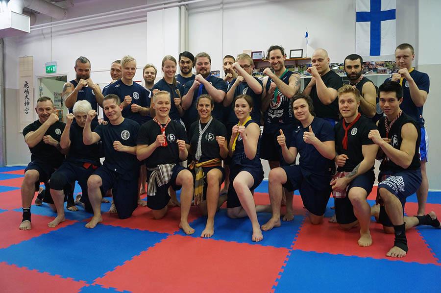 Mestari Vallone sekä IMBA Finlandin jäseniä treenileirin jälkeen