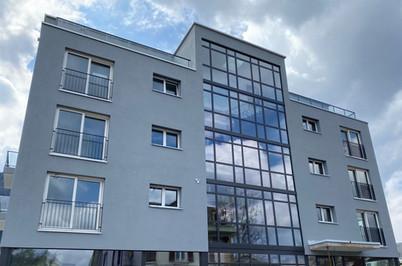 Neubau Mehrfamilien- und Gewerbehaus