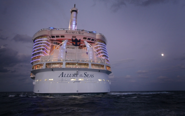 Allure of the Seas Aft
