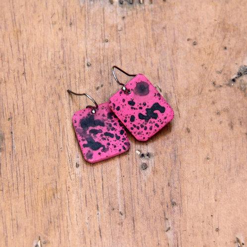 #004 Pop Pink Earrings