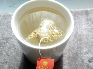 Review: Aduna lemon, ginger & boabab tea