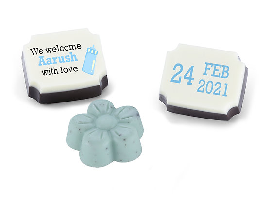 Personalised Baby Boy Announcement Gift - Bottle Design - 12 chocolates