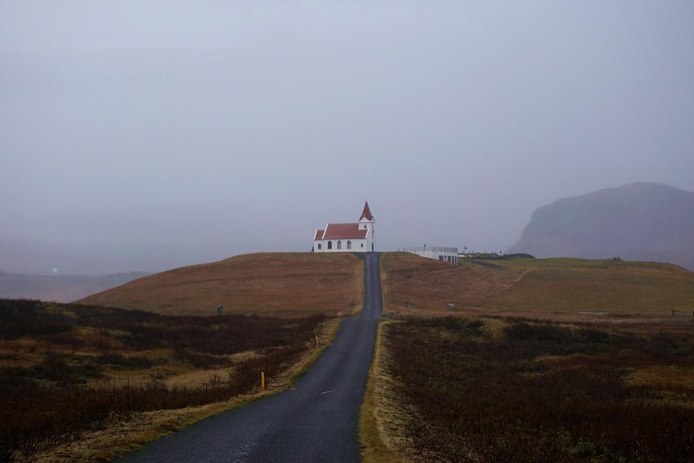 Small road towards Ingjaldshólskirkja church.