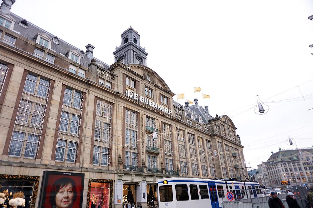 de Bijenkorf department store.
