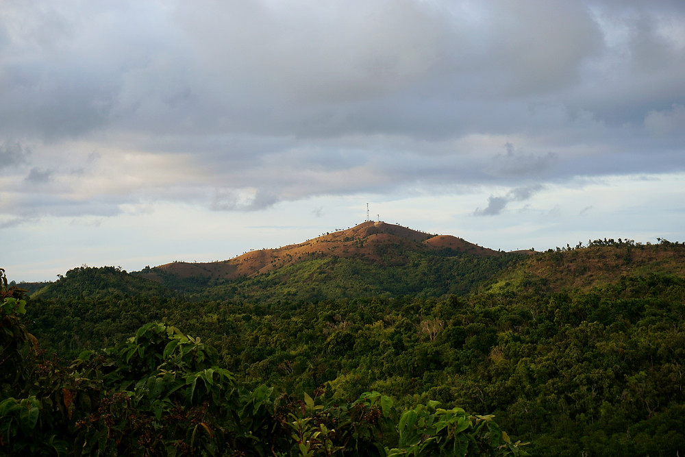 Coron do have lots of peak that look like chocolate hill in Bohol.