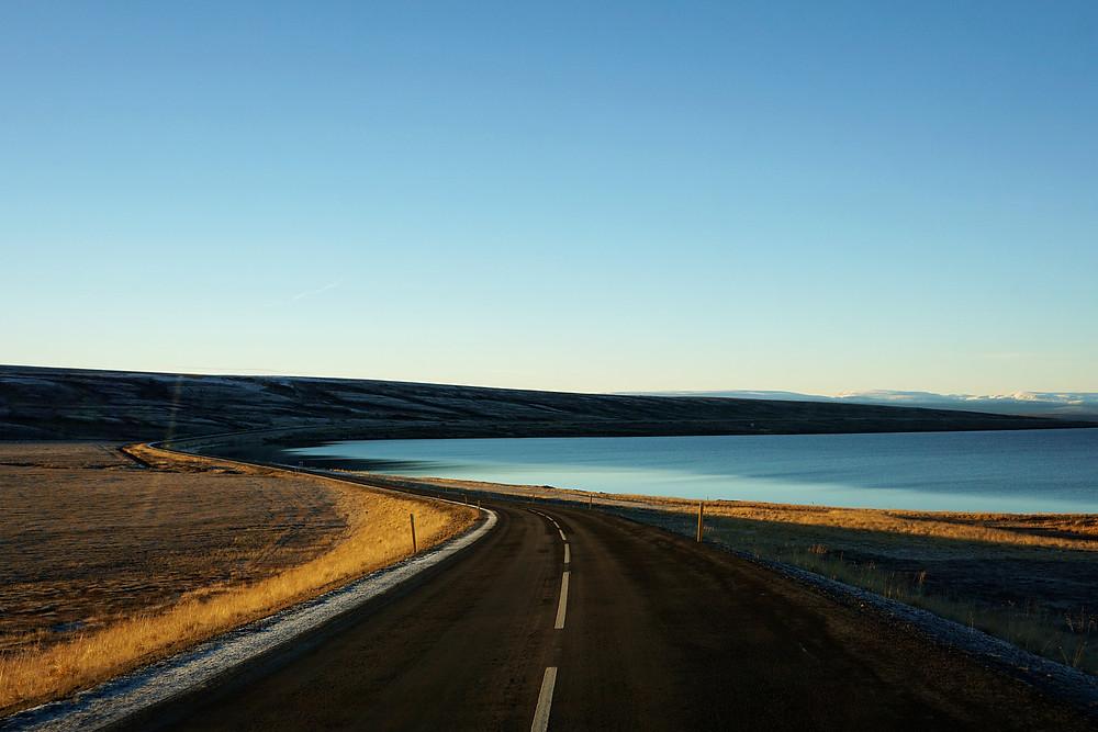 The name is Másvatn Lake.