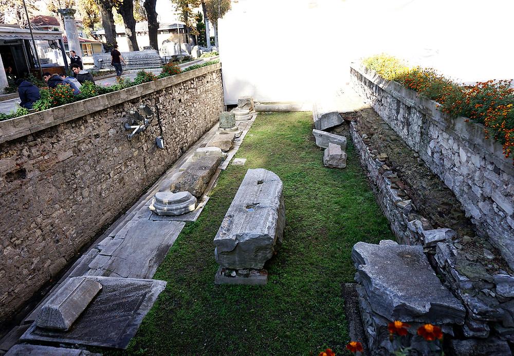 Monument outside the entrance to Hagia Sophia.
