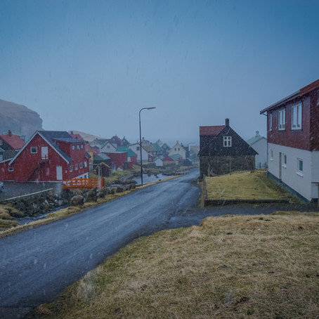 Surprise Snow in Gjógv