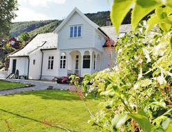 Gårdsbryllup i Bergen