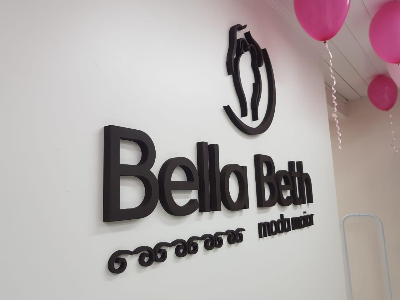 Bella Beth Moda Maior - Letras Caixa PVC