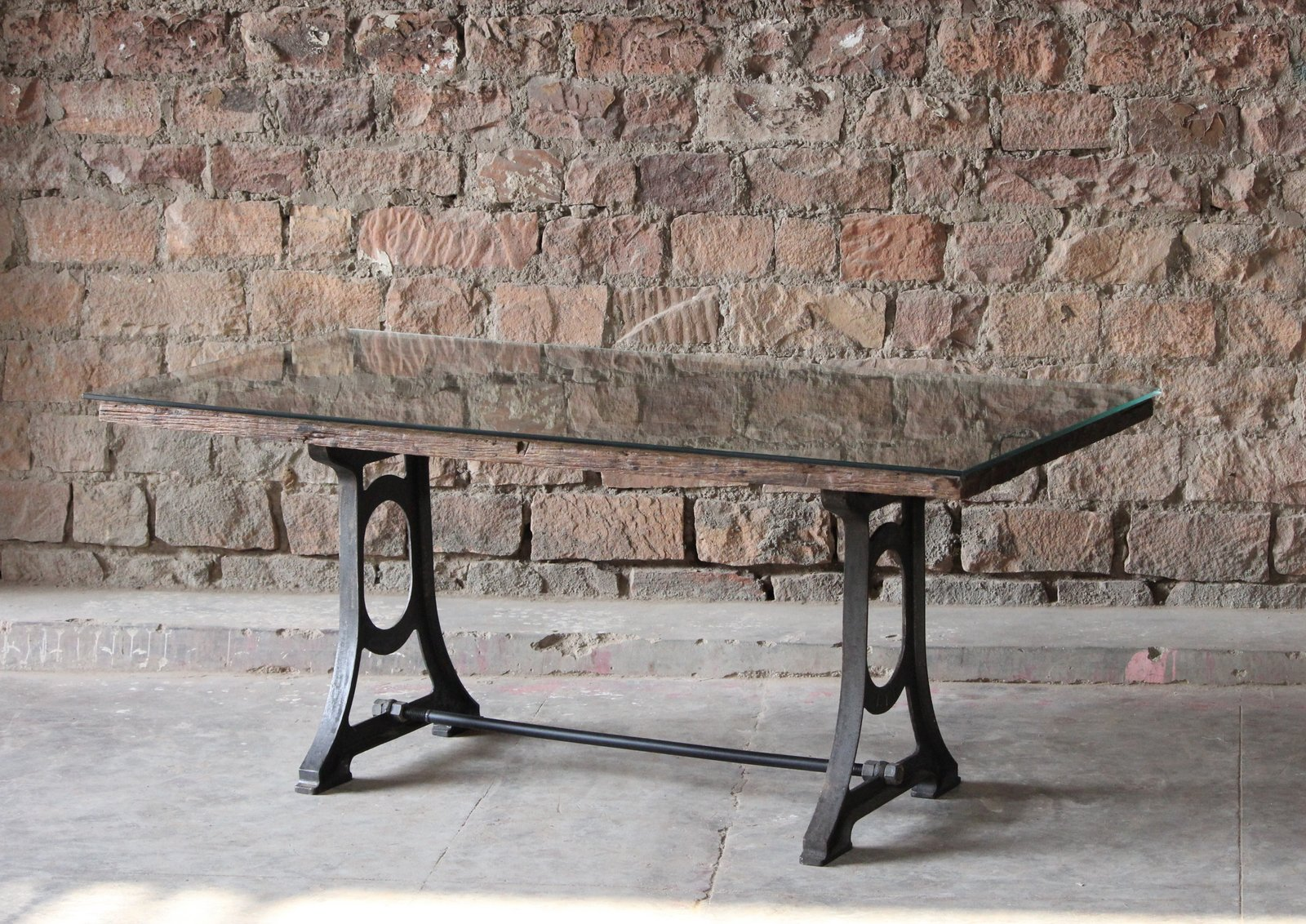 Ashbury Sleeper Table