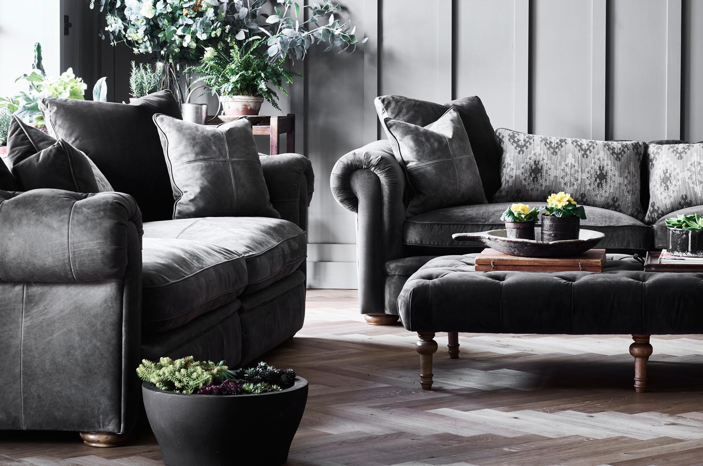 Retire Sofa