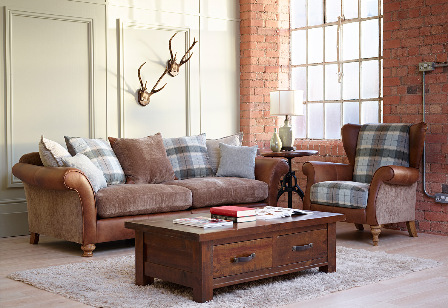Llewelyn Sofa Collection