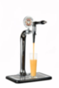Nitro-Cold-Brew-Pour (1).jpg