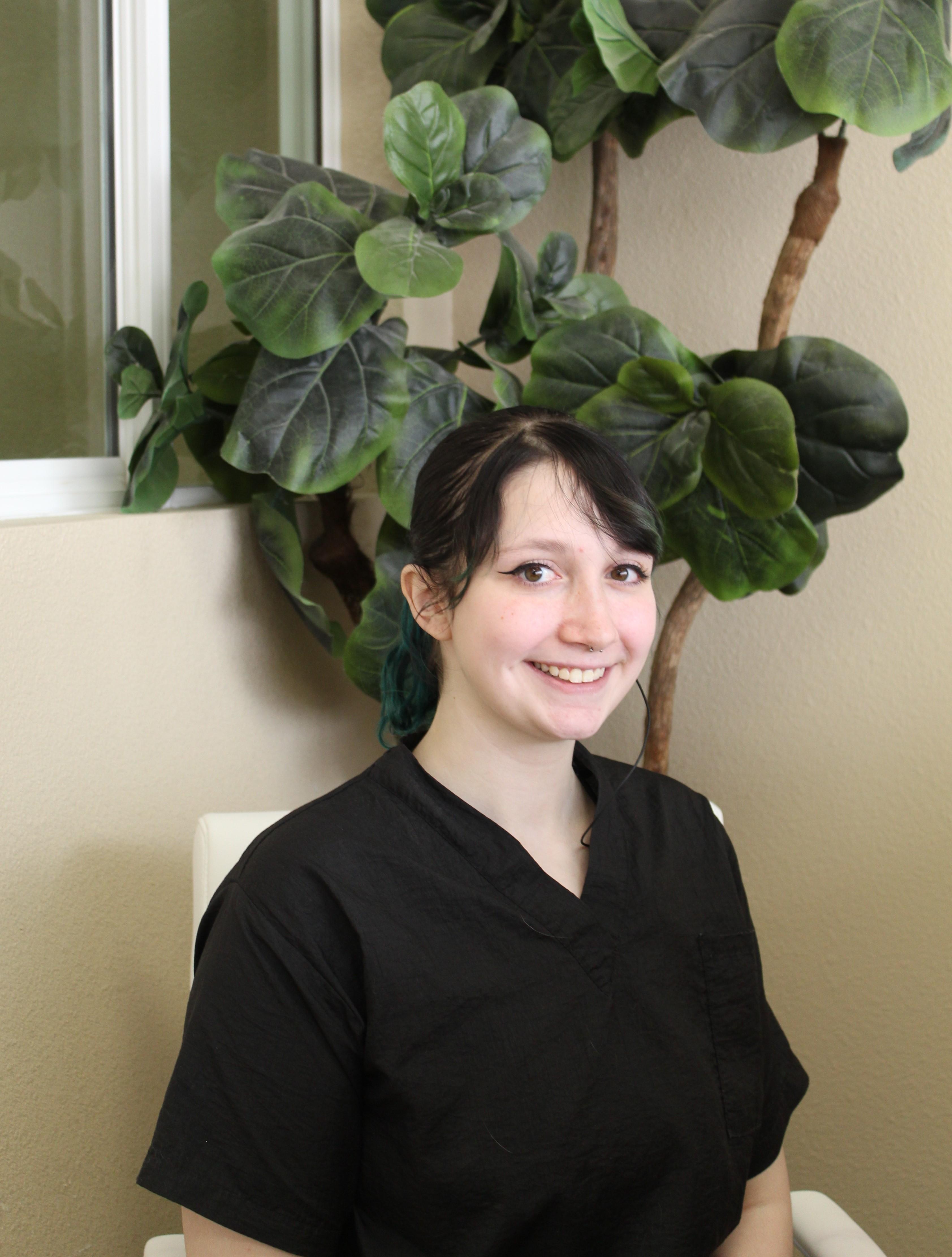 Sarah K- Front Desk/ Grooming Assistant
