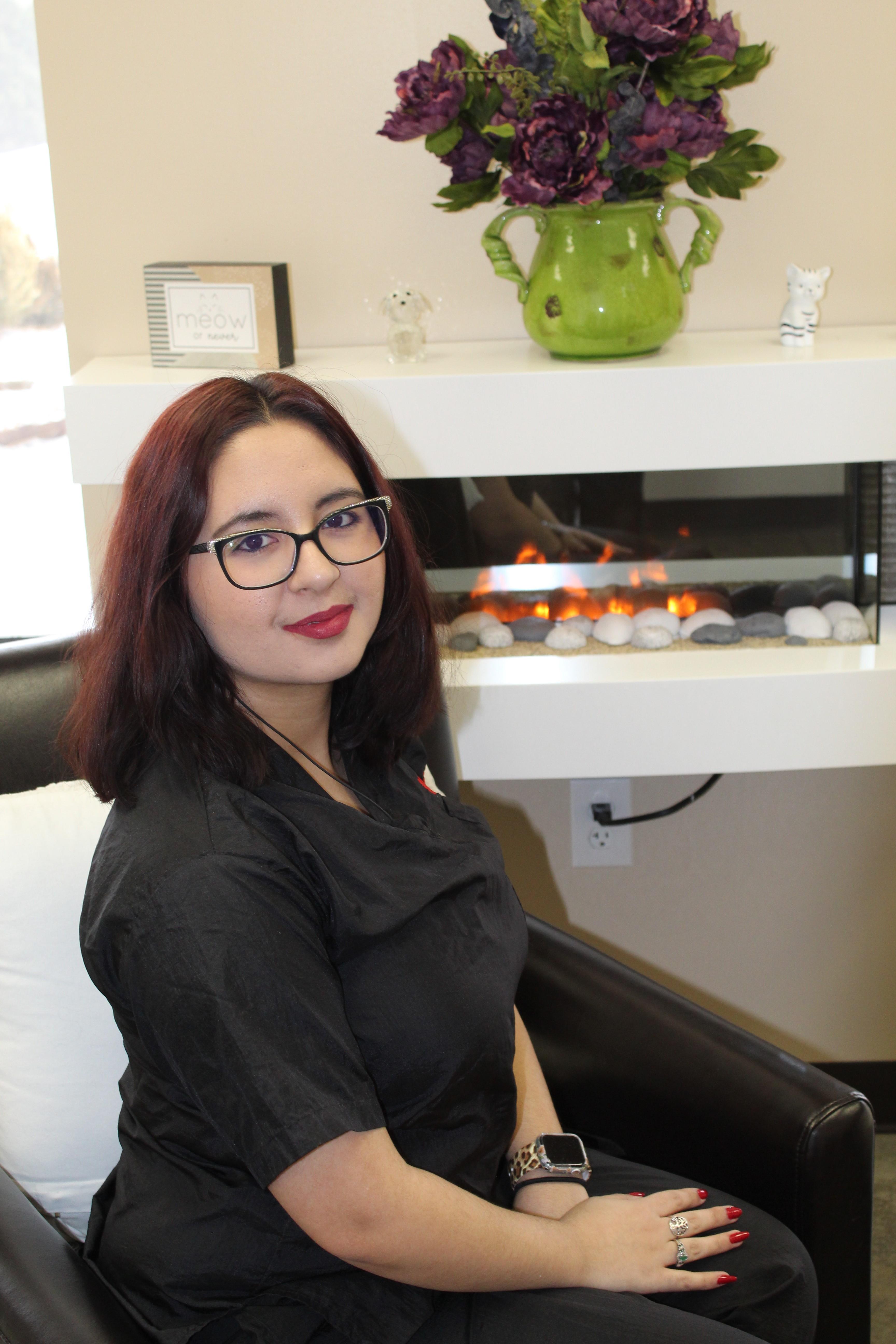 Victoria- Front Desk Lead/ HR