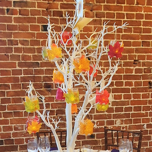 Table tree lanterns